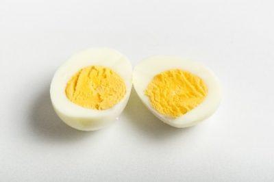 かたゆで卵